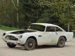 Vente aux enchères : une Aston Martin DB5 estimée à 12 000 € bientôt à vendre