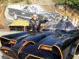 Cinéma : Georges Barris, le créateur de la Batmobile, est mort