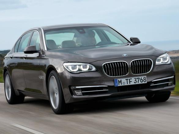 BMW - Et si la Série 7 perdait son V12?