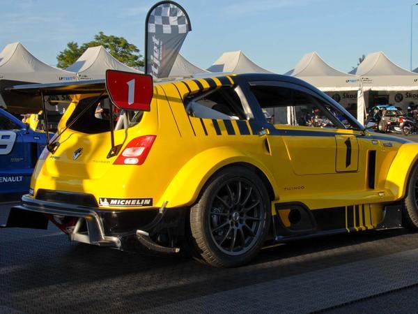 Nouvelle Mitjet 2L Supersport à moteur Renault: des détails et des photos