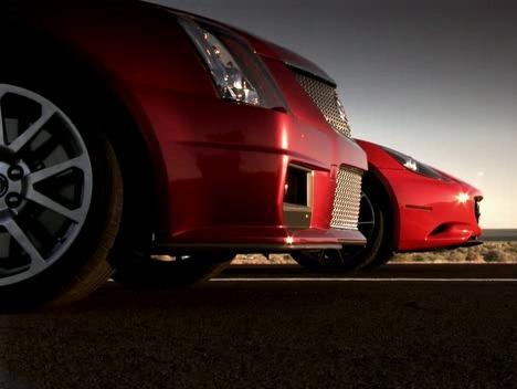 Top Gear US : Cadillac CTS-V Sport Wagon vs Ferrari California