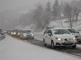 Chutes de neige : un trafic difficile attendu demain