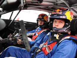 Kimi Räikkönen remporte son tout premier rallye!