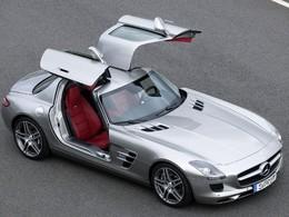 Une Smart offferte pour une Mercedes SLS achetée