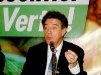 Les Verts : refus de la dissolution du parti proposée par Yves Cochet