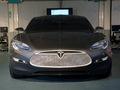 Elon Musk, patron de Tesla, parie 1 million de dollars que la Model S sera prête dans les temps
