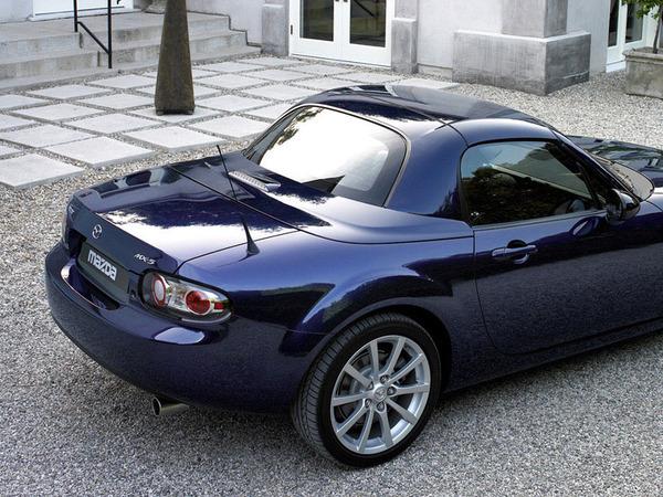 Mazda MX-5 Roadster Coupé : pas cher !?