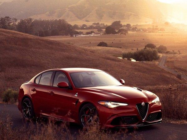 Salon de Los Angeles : l'Alfa Romeo Giulia en quatre cylindres