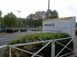 Les salariés Renault se mobilisent contre les négociations sur la compétitivité
