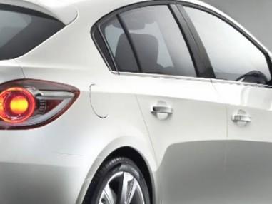 Mondial de Paris 2010 : la Chevrolet Cruze cinq portes en musique