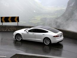 Tesla rappelle 90 000 Model S pour un problème de ceinture