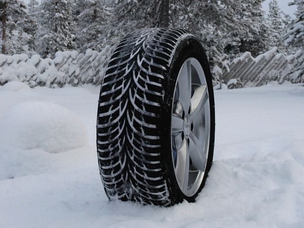 pneu zoe le pneu motrio tire la marque goodyear d voile un nouveau pneu d di aux v hicules. Black Bedroom Furniture Sets. Home Design Ideas