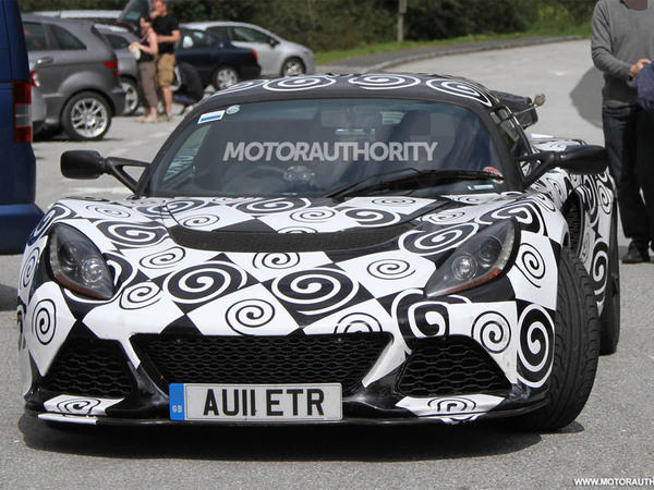 Surprise : la future Lotus Exige en test