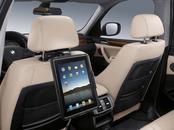 Mondial de Paris 2010 : BMW intègre les Apple iPad et iPhone