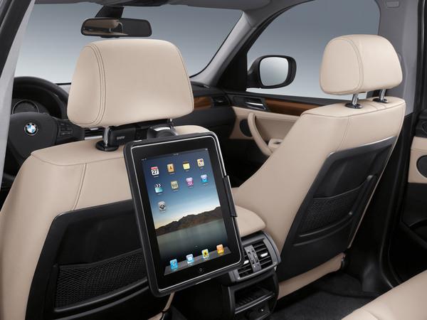 Mondial de Paris 2010 : BMW intègre les Apple iPad et iPhone
