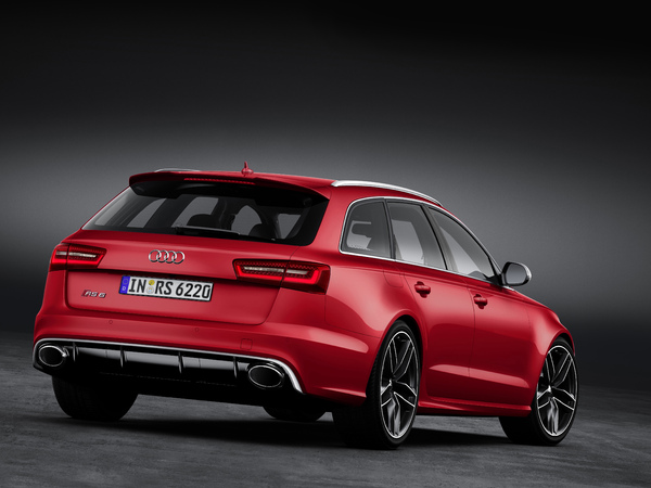 nouvelle audi rs6 bient t en berline. Black Bedroom Furniture Sets. Home Design Ideas