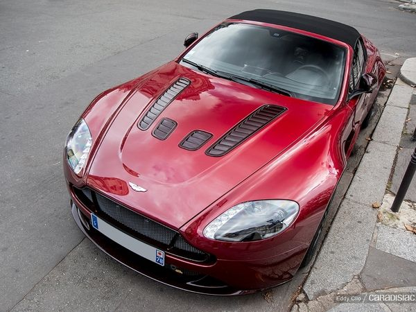 Photos du jour : Aston Martin V12 Vantage S Roadster