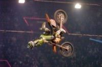 Vidéo moto : Moto X Jumping