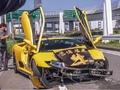 Ce n'est pas beau de vieillir : la Lamborghini Diablo se crashe devant ses descendantes