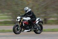 Essai Triumph Speed Triple R 1050 : des évolutions notables