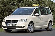 Allemagne : le Volkswagen Touran Ecofuel au gaz naturel transformé en taxi !