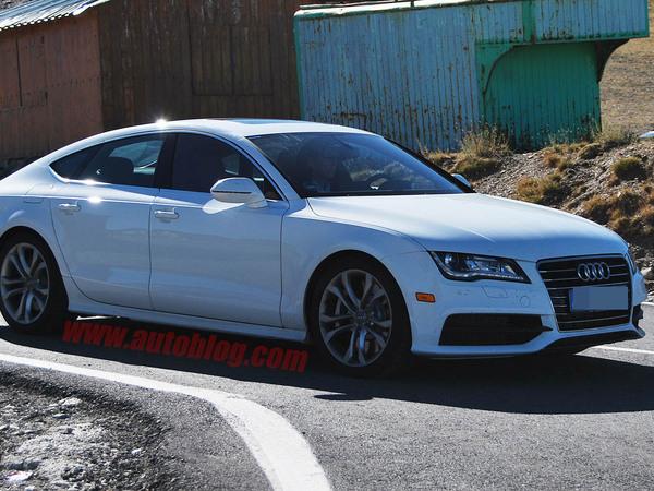 Future Audi S7 : en blanc, c'est mieux
