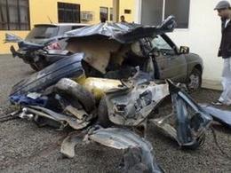 Des Brésiliens cachent de la cocaïne dans le reservoir de leur voiture, elle explose dans une station service