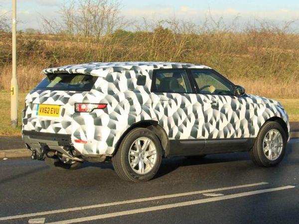 Le futur Range Rover Evoque long surpris