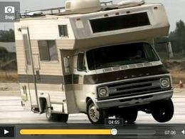 Top Gear US : Tanner Foust peut-il faire drifter n'importe quel véhicule ?