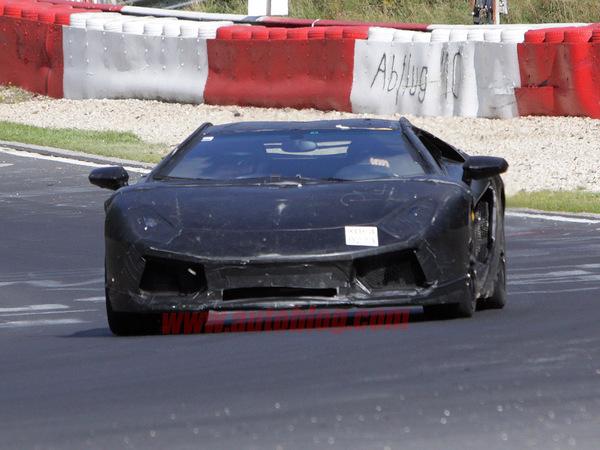 """Spyshot : la session Nürburgring de la Lamborghini """"Jota"""""""