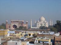 Inde : la ville d'Agra chasse les derniers tuk-tuk à motorisation diesel et essence