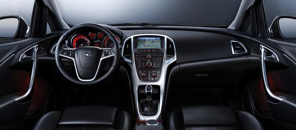 Future Opel Astra : nouvelles photos, l'intérieur dévoilé