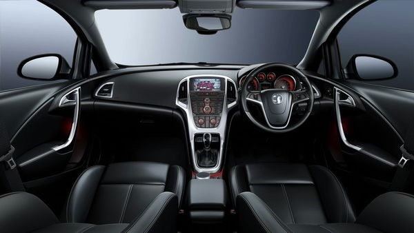 Vid 233 O L Int 233 Rieur De La Nouvelle Opel Astra