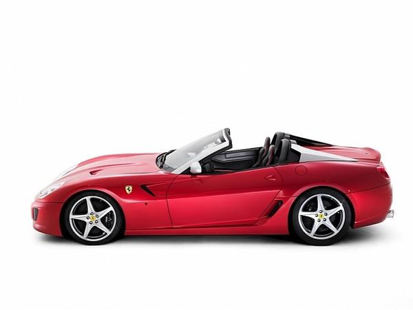 Mondial de Paris 2010 : Ferrari SA Aperta, très belle surprise