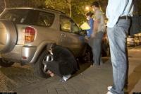 Berlin : des pneus de voitures de luxe dégonflés