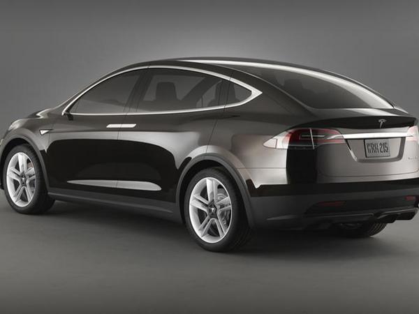 Tesla Model X : un lancement légèrement retardé