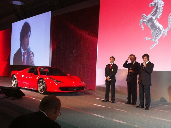 [vidéo] La Ferrari 458 Spider déjà aux mains d'Alonso