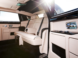 Guide des stands 2010 : Rolls Royce ou l'hypra luxe