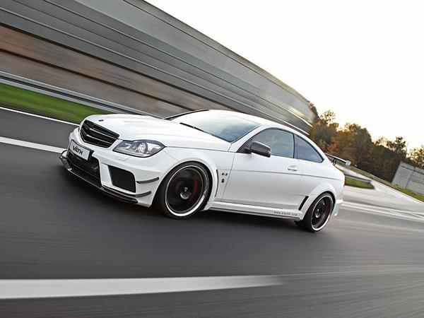 mercedes c63 amg coup black series avec un compresseur pour 756 chevaux. Black Bedroom Furniture Sets. Home Design Ideas