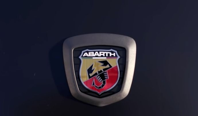 L'Abarth 124 Spider restylée en approche