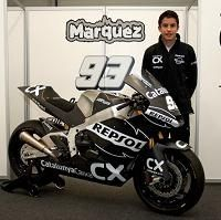 Moto 2 - 2011: Marc Marquez arrive avec son équipe et un Suter