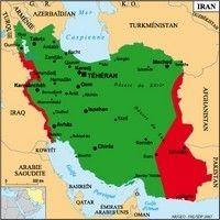 L'Iran, là où les femmes ne peuvent piloter une moto et pourtant...