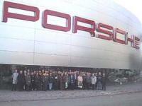 Greenpeace rend une petite visite à Porsche !