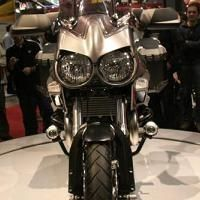 Nouveauté 2011 - Moto Guzzi Stelvio: La vidéo officielle de la 8V et de la NTX