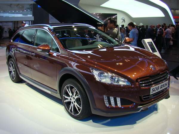 francfort 2011 video peugeot 508 rxh le nouveau haut de gamme du lion. Black Bedroom Furniture Sets. Home Design Ideas