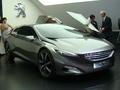 En direct du salon de Francfort - Video : la Peugeot HX1, un futur haut de gamme au-dessus du haut de gamme ?