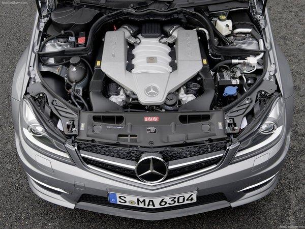 Du downsizing aussi pour la Mercedes C63 AMG