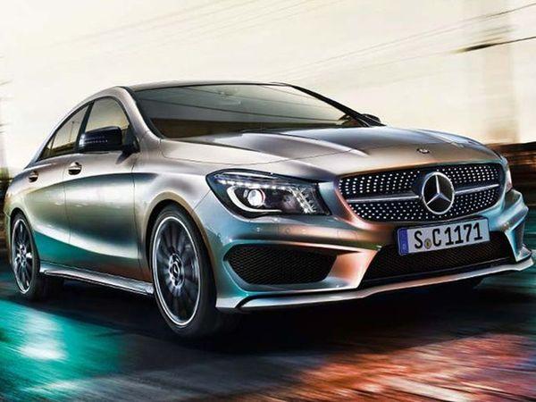 Surprise : les premières photos de la Mercedes CLA ?