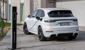 """La Belgique fait la chasse aux """"fausses hybrides"""" : la fiscalité de certaines autos explose"""