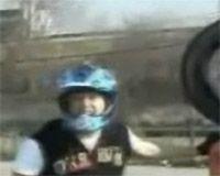 Vidéo moto : un back flip pas comme les autres